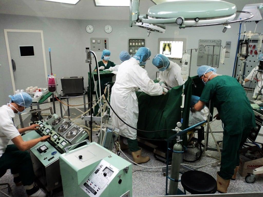 Açık kalp operasyonu canlandırması..