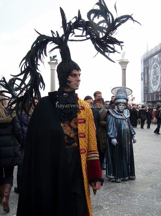 venedik karnavalı kostümleri