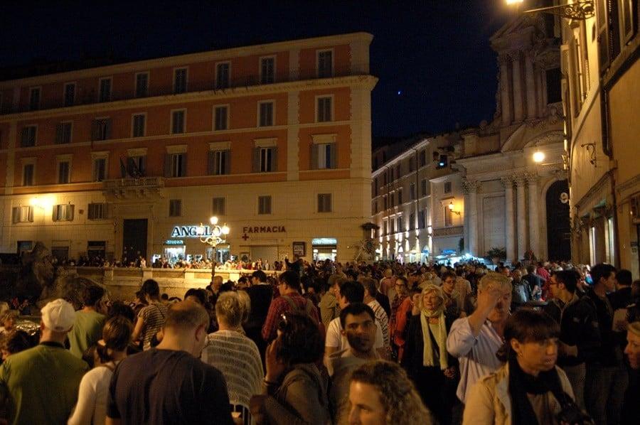 roma çeşmeleri meydanları