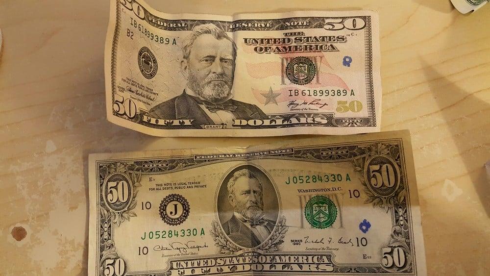 Yeni (üstte) ve eski (altta) dolar banknotları (Resim okuyucuma aittir).